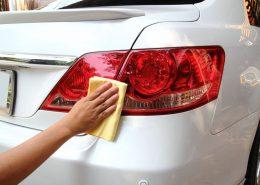 Fahrzeugaufbereitung, Lack polieren, Foto: Kamolnat Nillachad/123RF com
